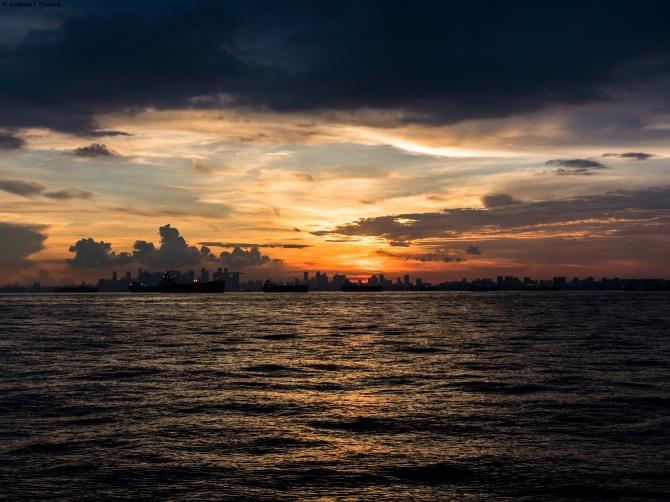 The Horizon of Sky andSea